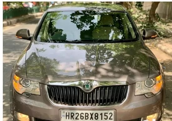 SKODA SUPERB Elegance 1.8 TSI MT 2013