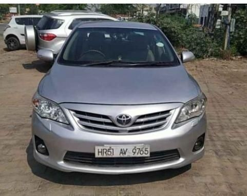 Toyota Corolla Altis 1.8 VL AT 2013