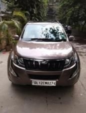 Mahindra XUV500 W10 AWD AT 2017